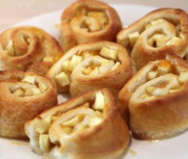 Appel-abrikoos sweet rolls