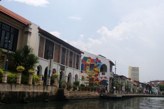 Streetart langs de Malakka Rivier