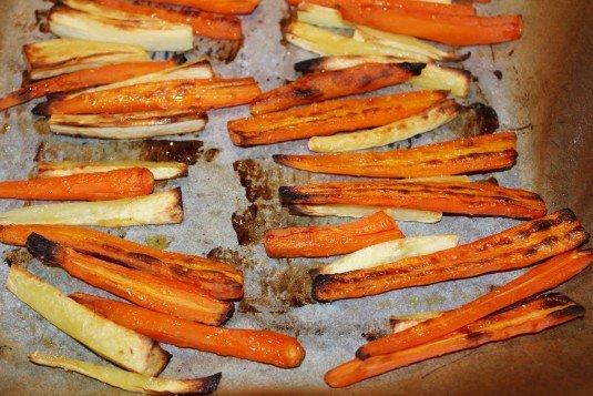 Gegrilde pastinaak en wortel