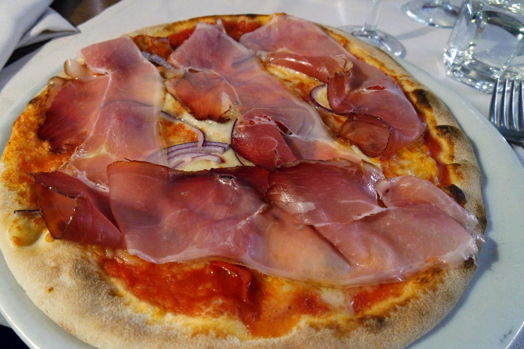 Pizza Giulietta e Romeo bij Il Bacaro dell'Arena