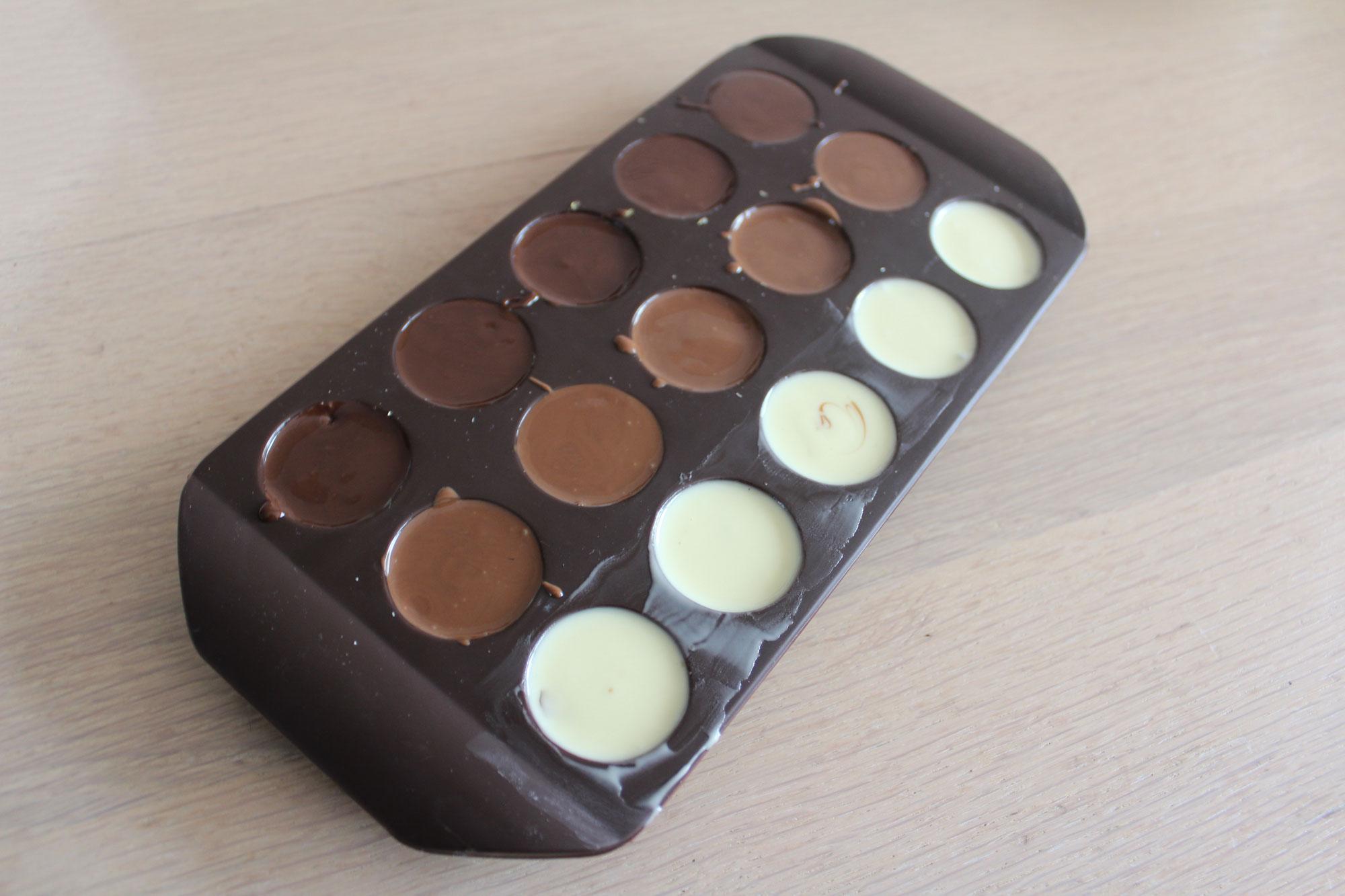Bijgevuld met chocolade