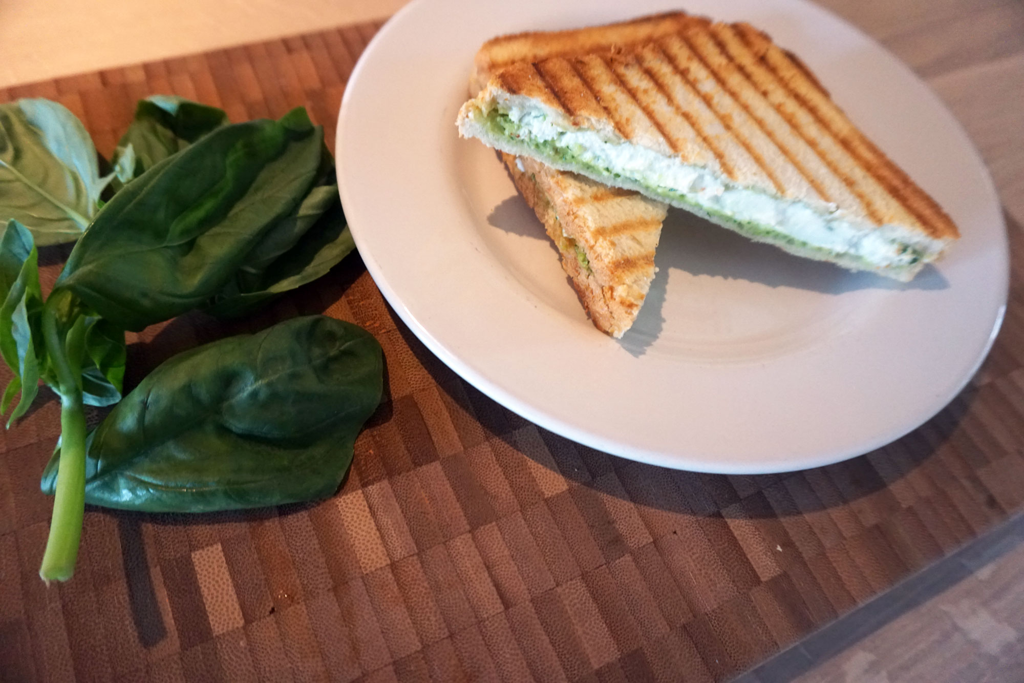 Tosti Geitenkaas Avocado Pesto