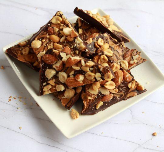 Nutty Chocolade Bark