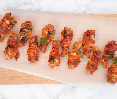Kipkluifjes met spek & BBQ saus