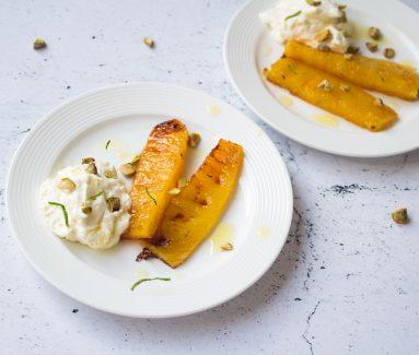 Gegrilde Ananas met pistachenoten