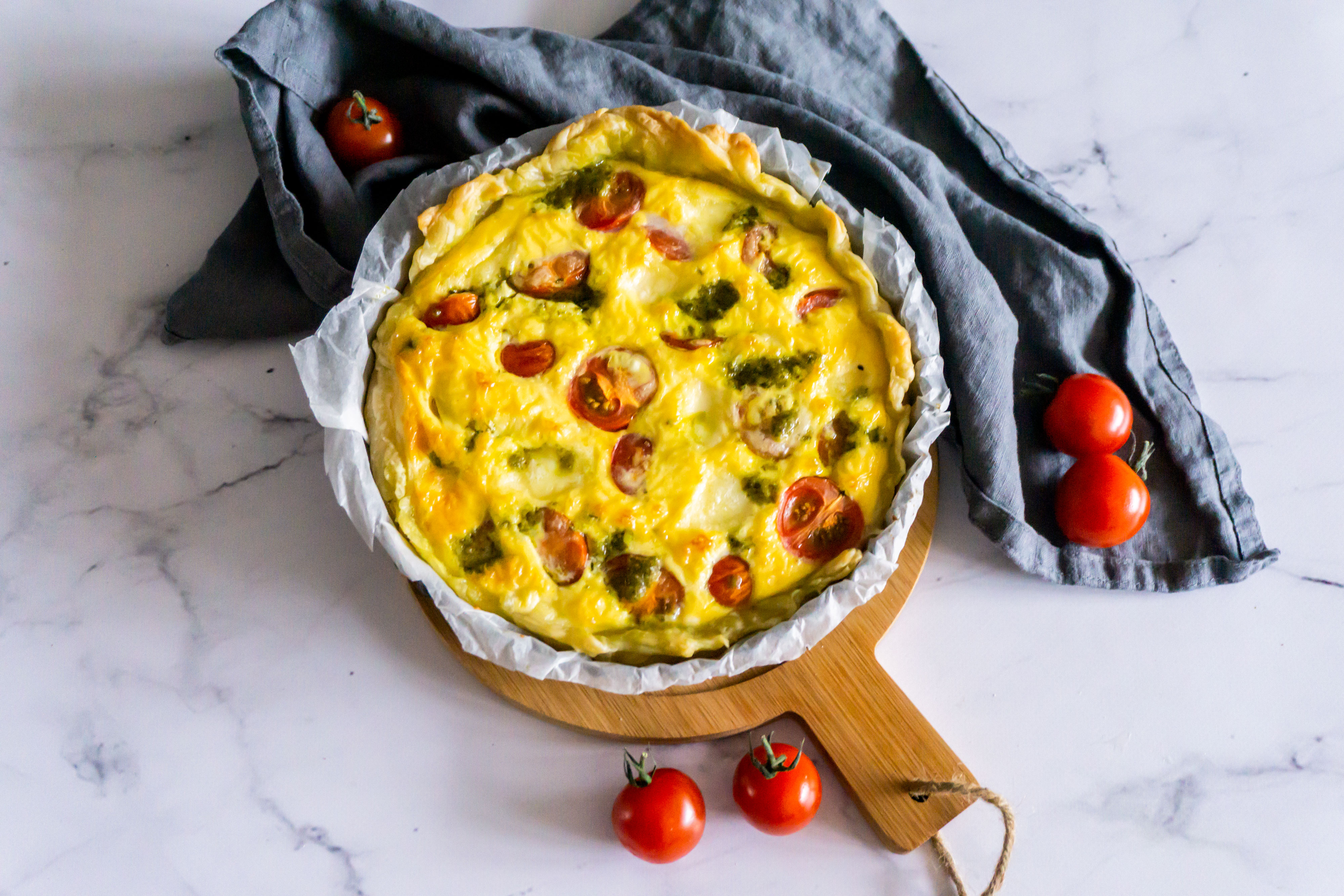 Quiche Mozzarella, Tomaat en Pesto