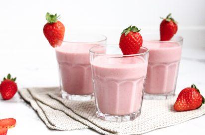 Smoothie met Hüttenkäse en Aardbeien