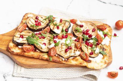 Flammkuchen met Hüttenkäse en Aubergine