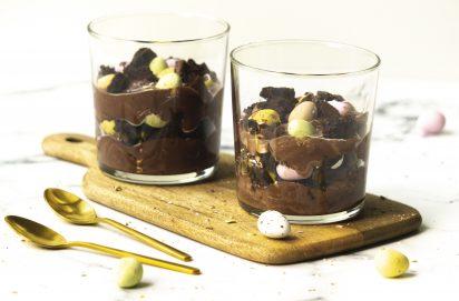 Paastrifle met Brownie en Chocolade Mousse
