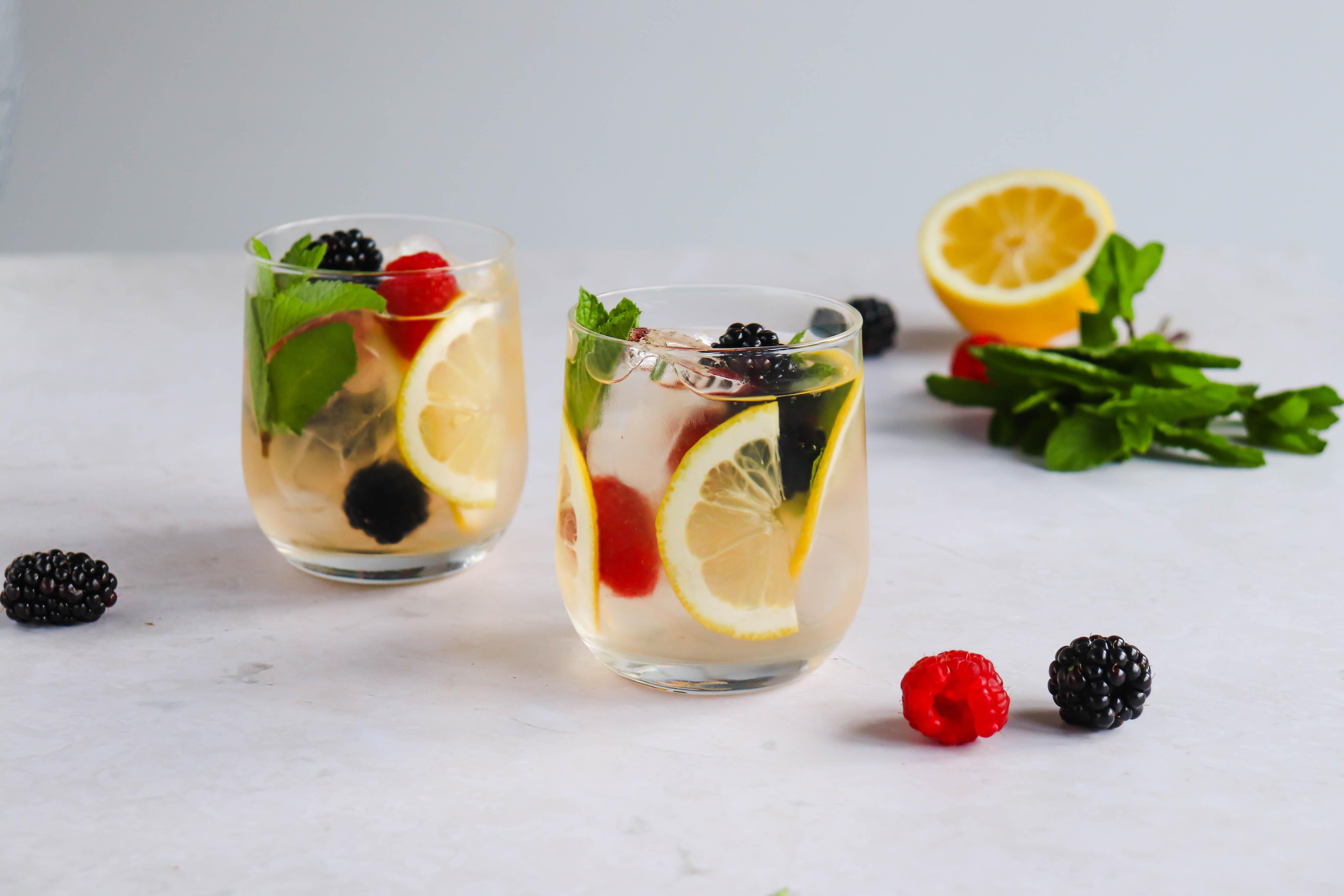 Rosé Cocktail met Vlierbloesemsiroop